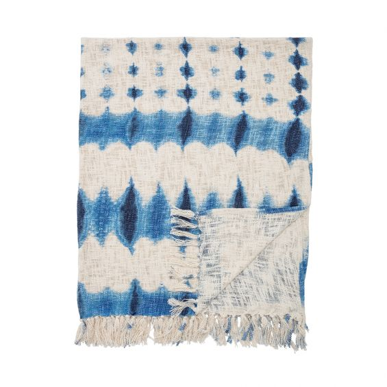 Stylish blue patterned throw with tassels