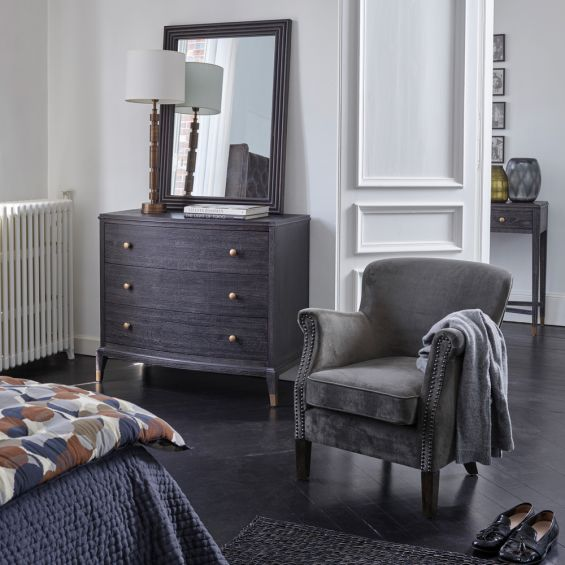expresso oak chest of drawers