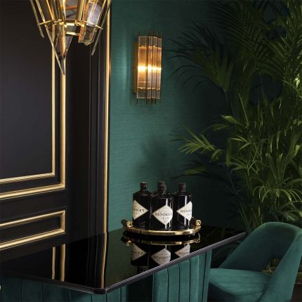 Gorgeous art deco inspired wall lamp in a gold finish.