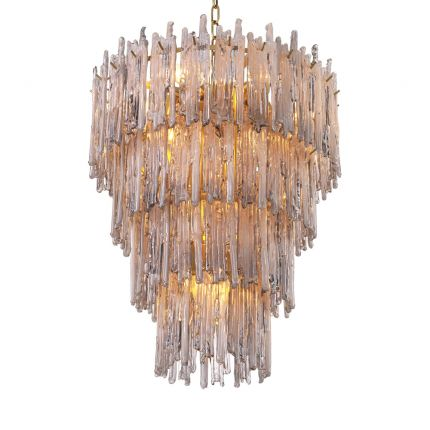 Luxurious tapered chandelier with brass finish by Eichholtz
