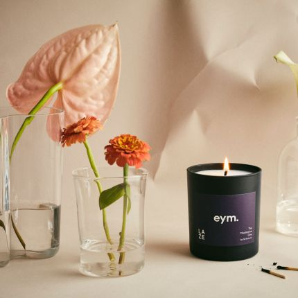 A meditative 100% natural frankincense and patchouli candle
