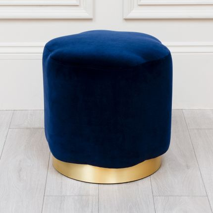 A luxurious flower-shaped stool by Handmade in London