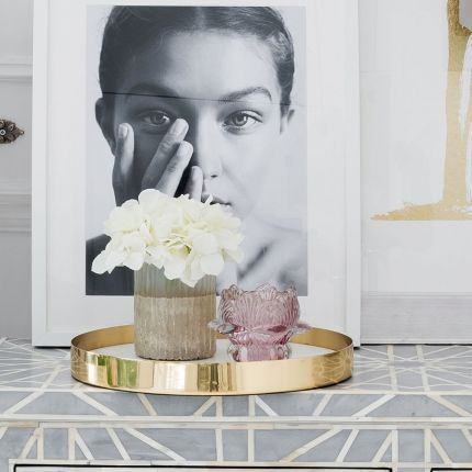 round white and gold marble tray