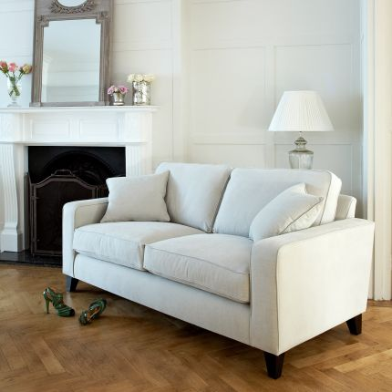 Cosy, classic luxury sofa with 2 feather filled scatter cushions