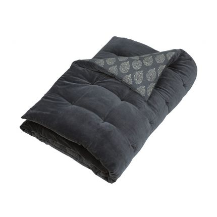 Luxurious chic navy blue quilt